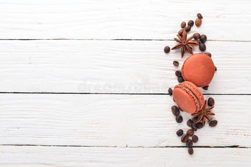 Macarões de chocolate imagem de stock royalty free