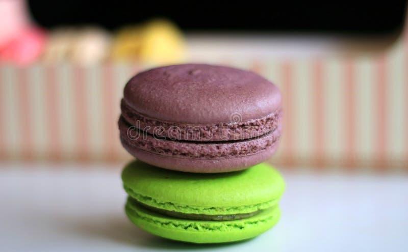 Macaron шоколада и зеленого чая стоковое фото
