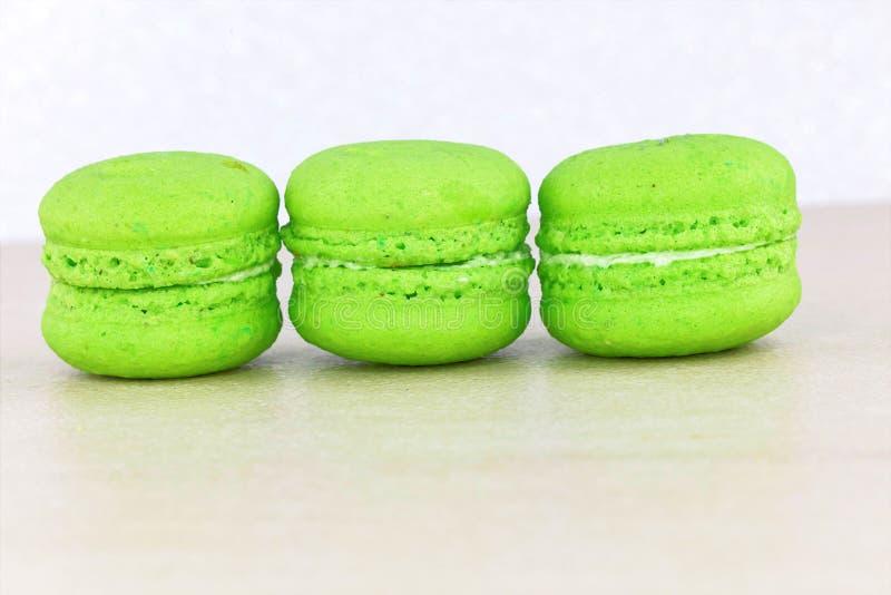 Macaron coloré savoureux photos libres de droits