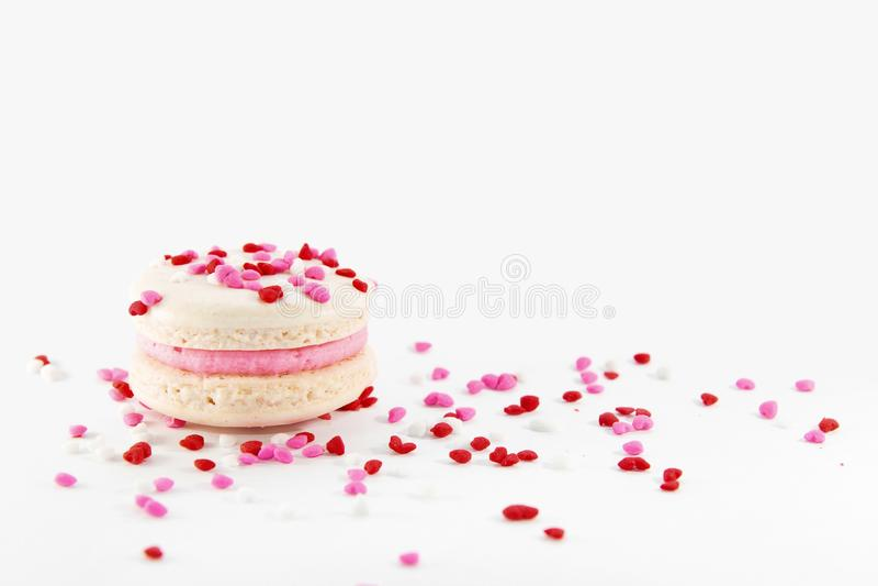 Macaron con el corazón asperja fotografía de archivo libre de regalías