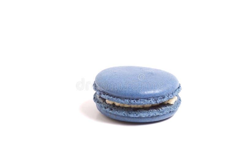 Macaron op wit wordt geïsoleerd dat royalty-vrije stock afbeelding