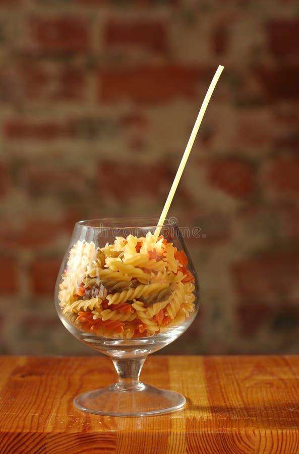 macaroni γυαλιού κονιάκ στοκ φωτογραφίες με δικαίωμα ελεύθερης χρήσης