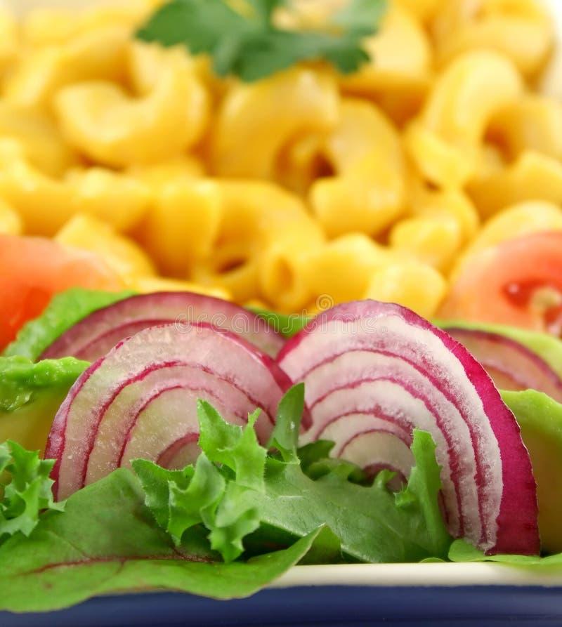 macaroni κόκκινο κρεμμυδιών στοκ φωτογραφία