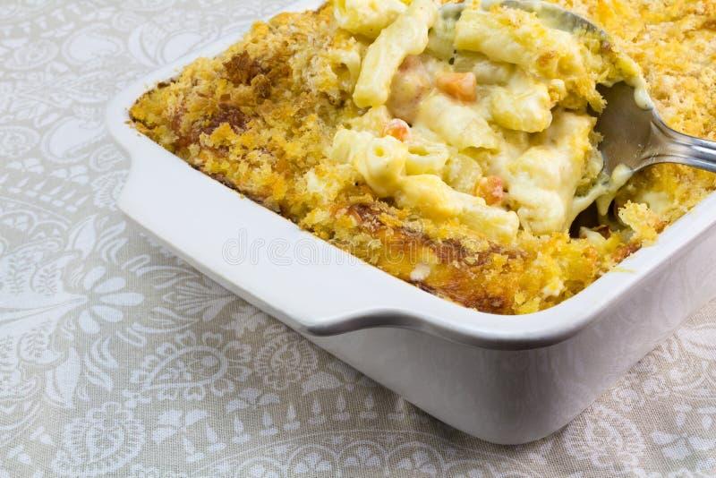 Macaronis avec haut étroit de fromage et de tomate photo libre de droits