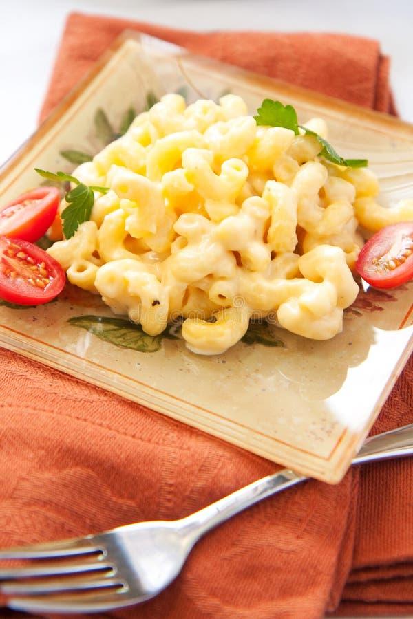 Macaronis et fromage photo stock