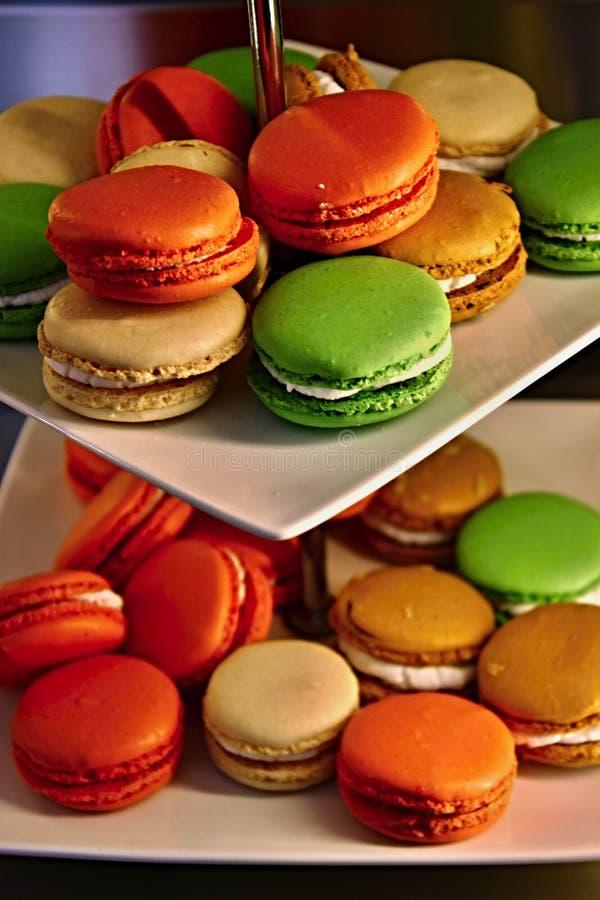 Macarons colorés en Provence images libres de droits