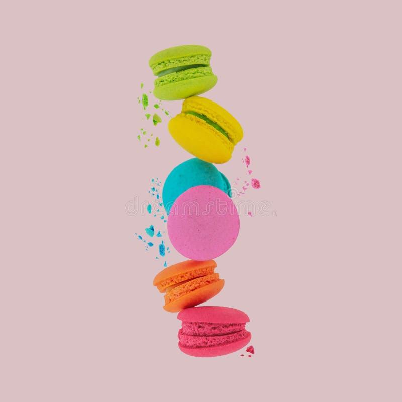 macarons Macarons doux et colorés photos stock