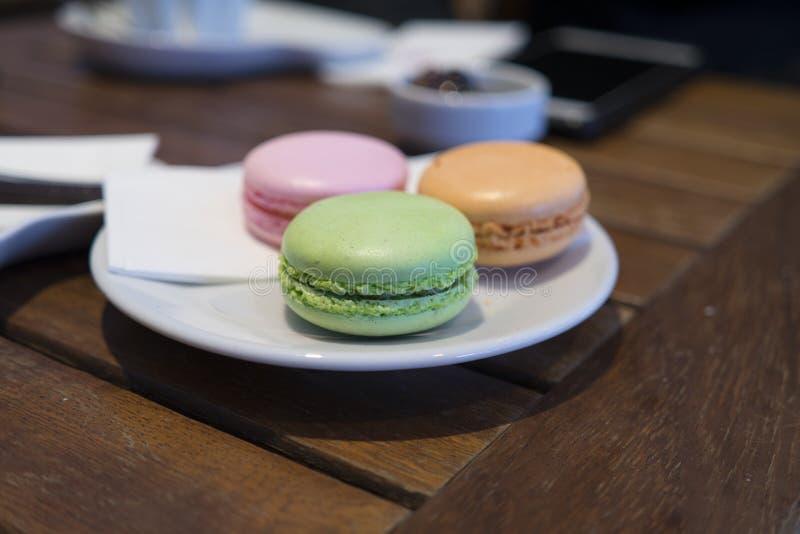 Macarons - 3 Farben lizenzfreie stockfotografie
