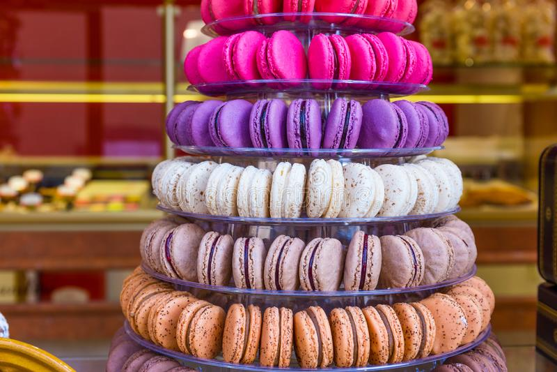 Macarons fran?ais traditionnels photos stock