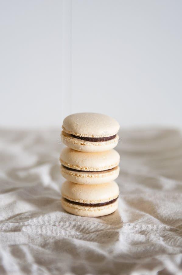 Macarons impilati fotografia stock