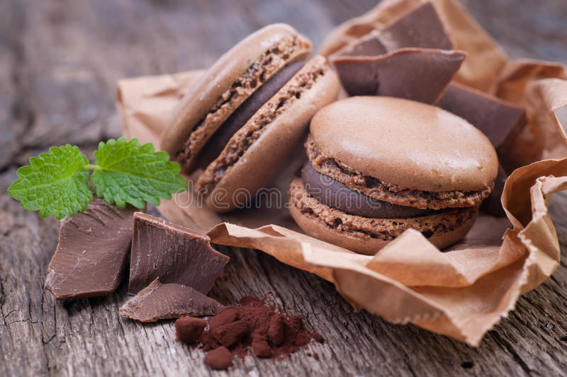 Macaroons com chocolate foto de stock
