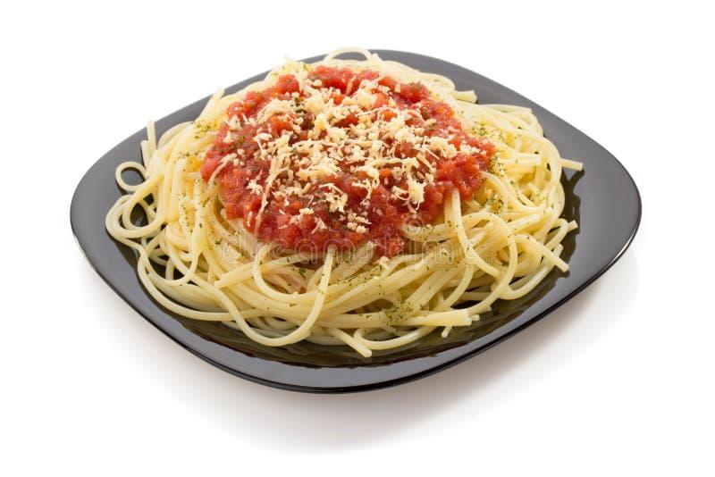 Macarrão dos espaguetes da massa no branco foto de stock royalty free