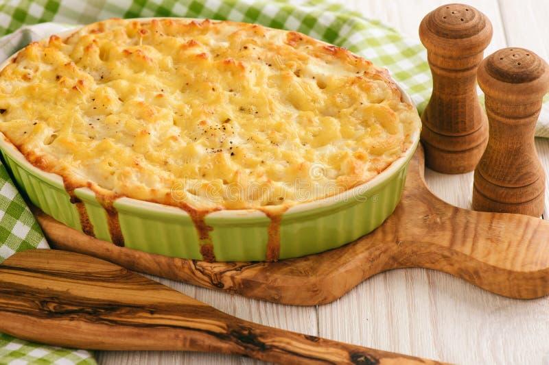 Macarrones con queso, comida americana tradicional fotos de archivo