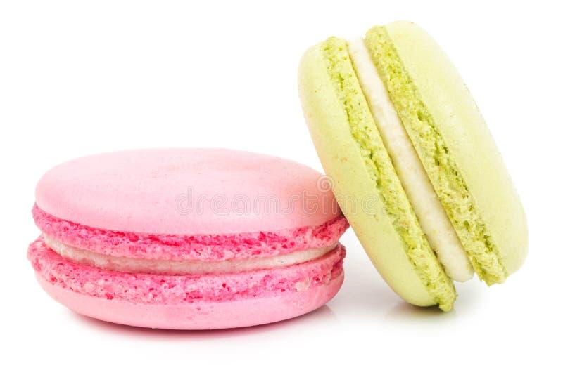 Macarrones dulces franceses de una delicadeza aislados foto de archivo
