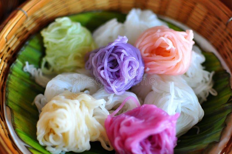Macarronete de arroz tailandês fotografia de stock