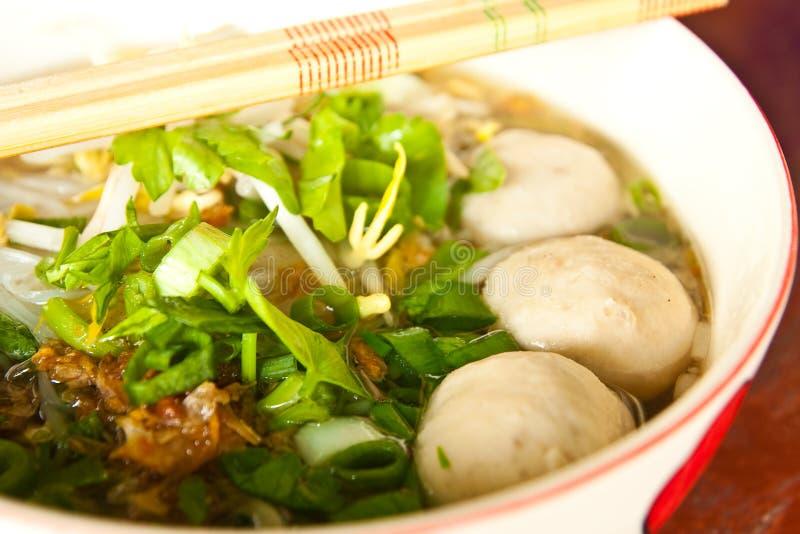 Macarronete tailandês do estilo foto de stock