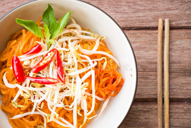 Macarronetes tailandeses do estilo, Almofada-tailandeses, imagens de stock royalty free