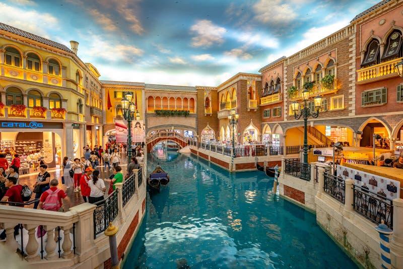Macau, China - 23 de abril de 2019: Interior Venetian do casino fotografia de stock royalty free