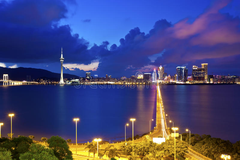 Macau pejzaż miejski przy wzdłuż wybrzeża noc obraz royalty free