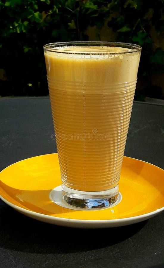 Download Macchiato De Latte En Un Vidrio Foto de archivo - Imagen de día, bebida: 100528018