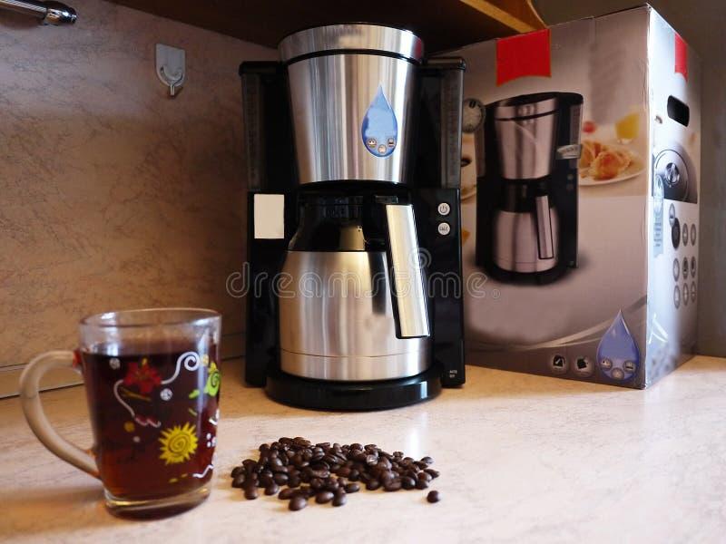Macchina del caffè americano per fare caffè ogni giorno Può applicarsi a casa e l'ufficio, fotografia stock