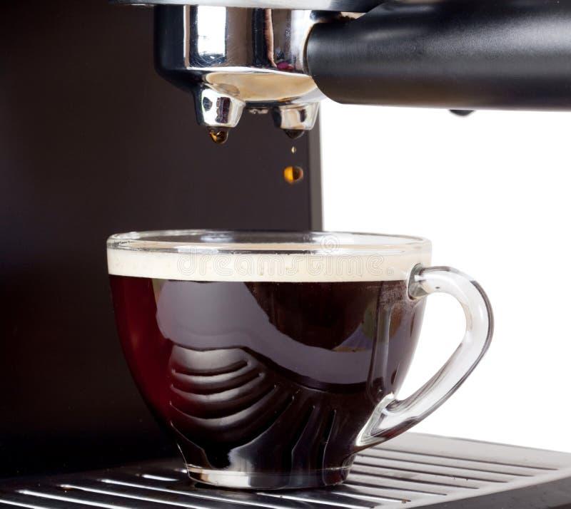 Macchina del caffè espresso che fermenta un caffè espresso del caffè fotografia stock libera da diritti