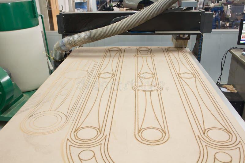 Macchina di legno di CNC del router della taglierina fotografia stock