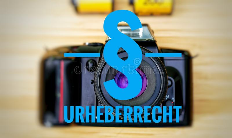 Macchina fotografica con in tedesco Urheberrecht in copyright inglese immagini stock