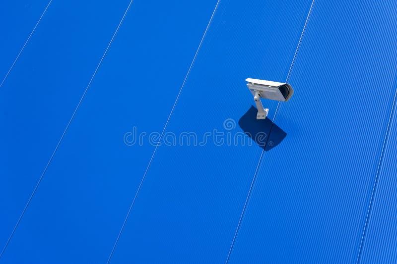Macchina fotografica del CCTV Videocamera di sicurezza sulla parete Prote della proprietà privata immagini stock libere da diritti