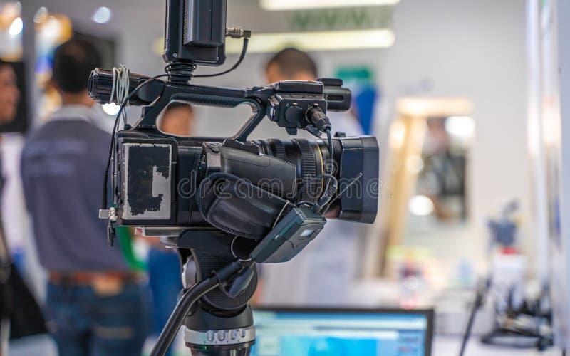 Macchina fotografica di Live Streaming Broadcast With Studio fotografia stock