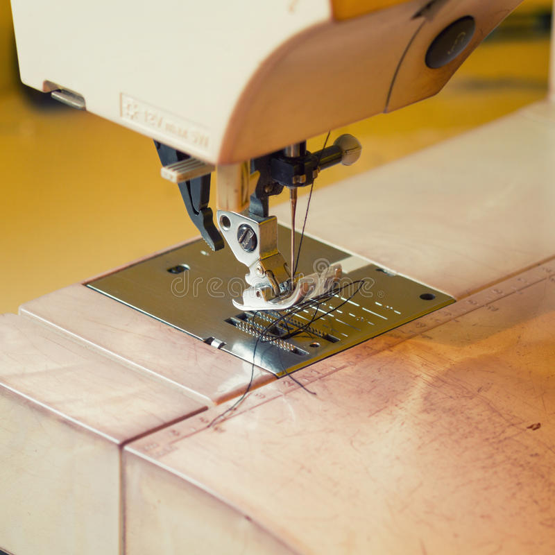 Macchina per cucire fotografie stock