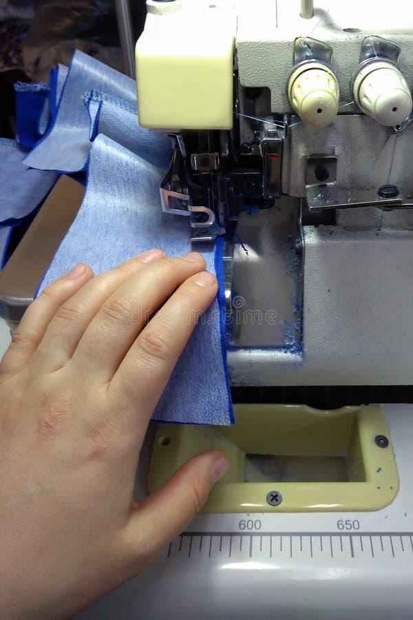 Macchina per cucire, fabbricazione di abbigliamento immagini stock