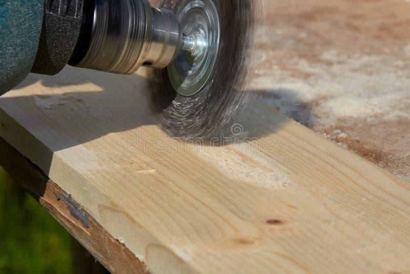 Macchina per spazzolare di legno falegnameria fotografia stock