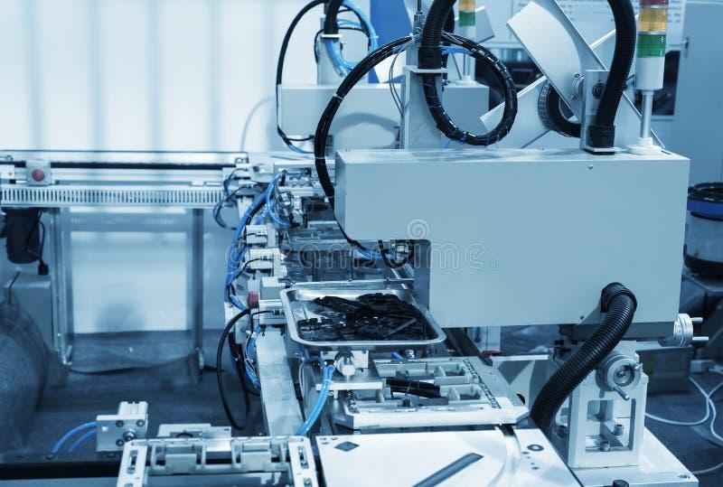 Download Macchine utensili di CNC fotografia stock. Immagine di materiale - 55356634
