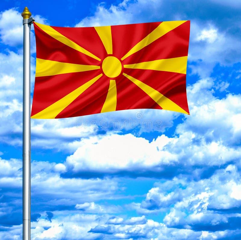 Macedonia falowania flaga przeciw niebieskiemu niebu obrazy royalty free