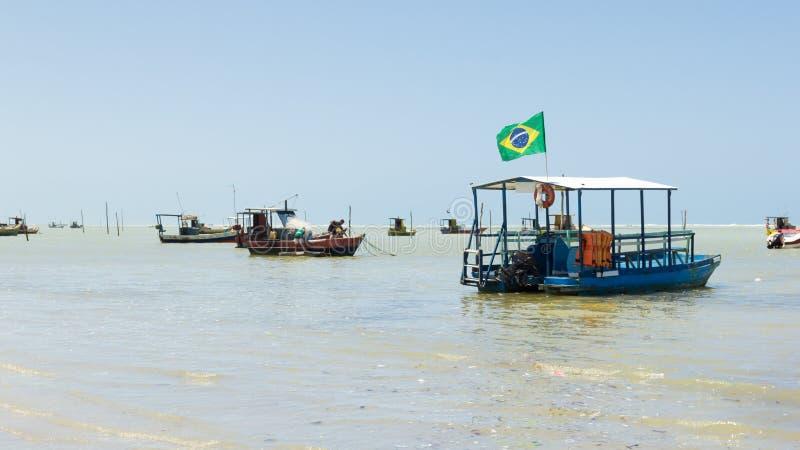 Maceio, Βραζιλίας - 05 Σεπτεμβρίου, 2017 Βραζιλιάνα ακτή με το severa στοκ εικόνες με δικαίωμα ελεύθερης χρήσης