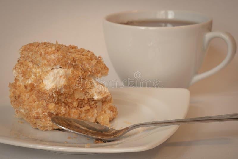 Machen Sie eine Pause, essen Sie einen Kuchen lizenzfreie stockfotos