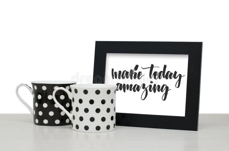 Machen Sie heute ?berraschen Handgeschriebener Text Moderne Kalligraphie schwarzes stockbild