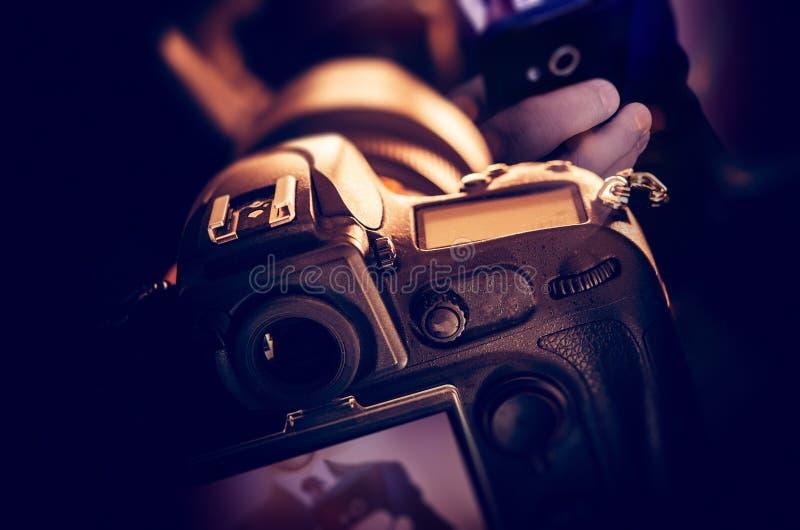 Machen von Digital-Fotos lizenzfreie stockfotos