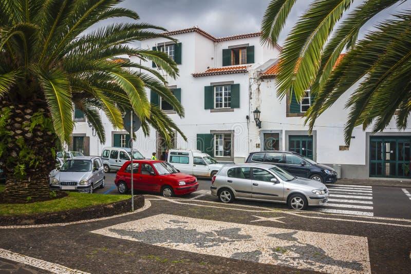 Machico cerca del aeropuerto en Madeira, Portugal foto de archivo libre de regalías