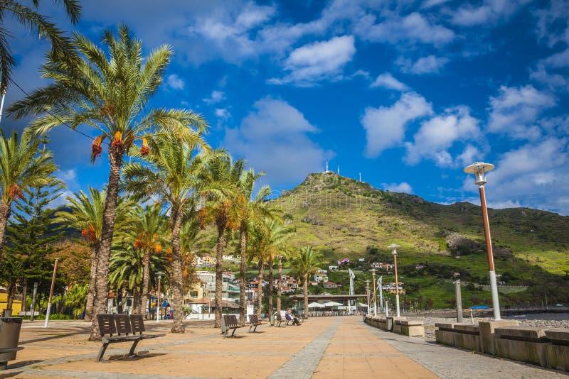 Machico perto do aeroporto em Madeira, Portugal foto de stock
