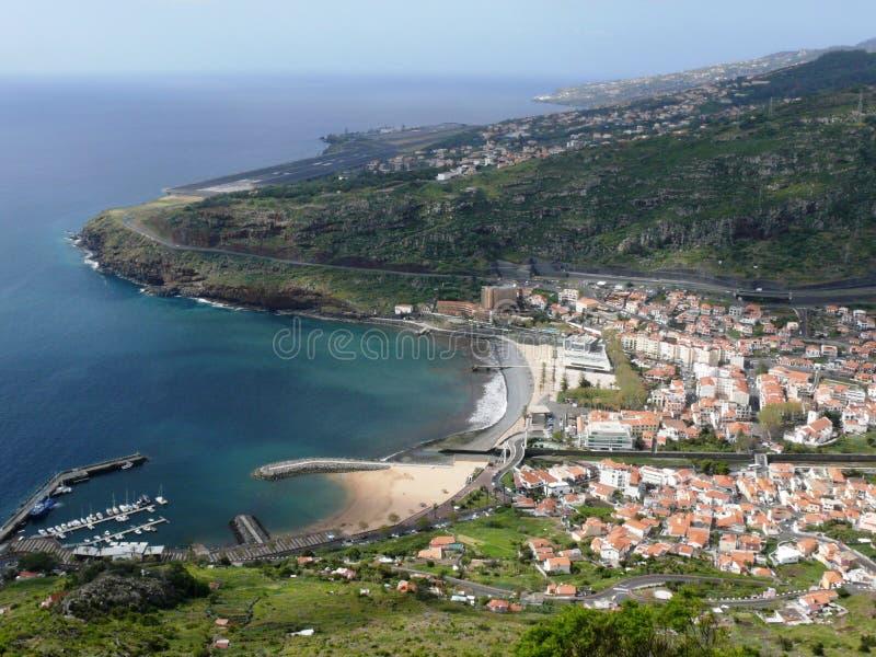 Machico zatoka i Funchal lotnisko w maderze zdjęcie stock
