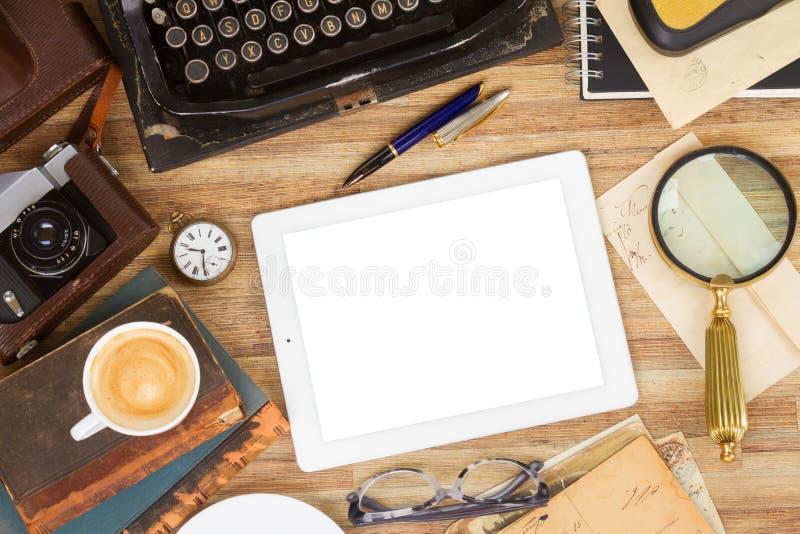 Machine à écrire sur la table photo libre de droits