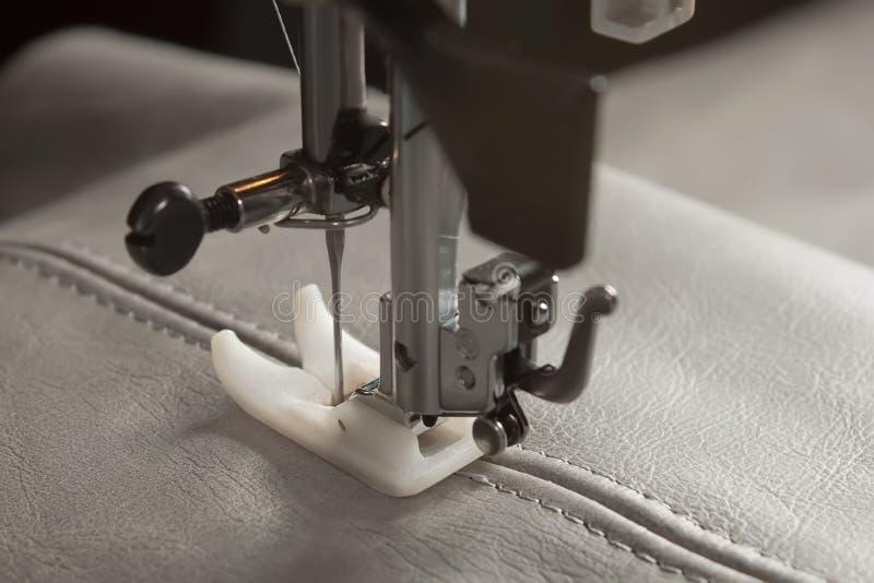 Machine à coudre image stock
