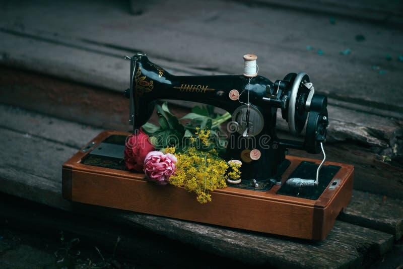 Machine à coudre photographie stock