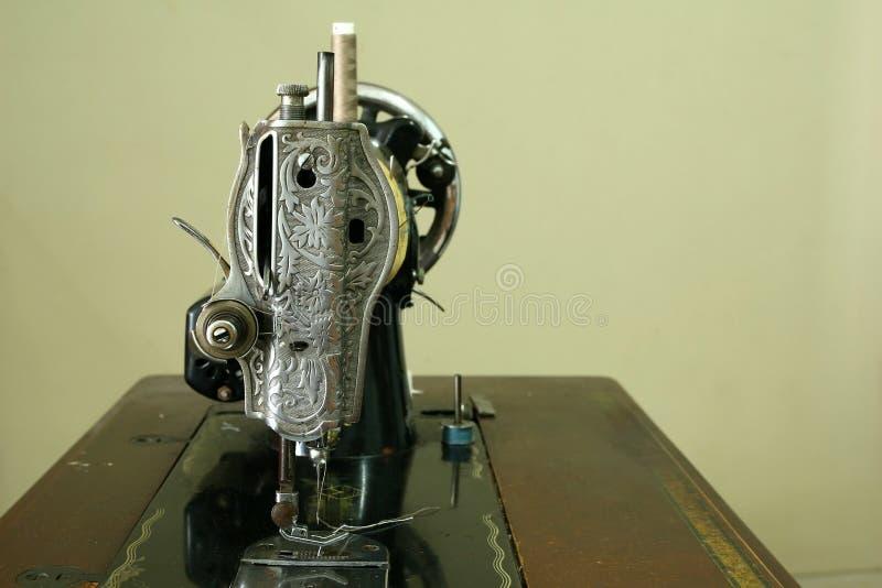 Machine à coudre de vintage photo stock