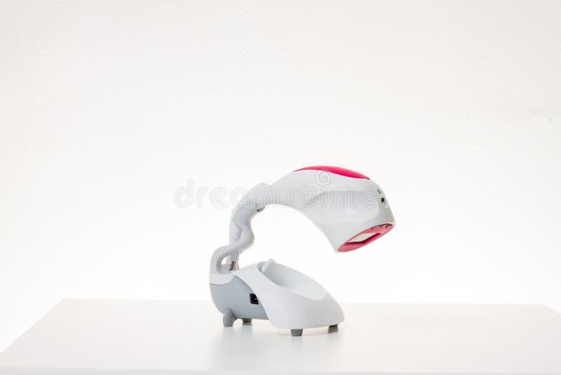 Machine blanche de dentistes photographie stock libre de droits