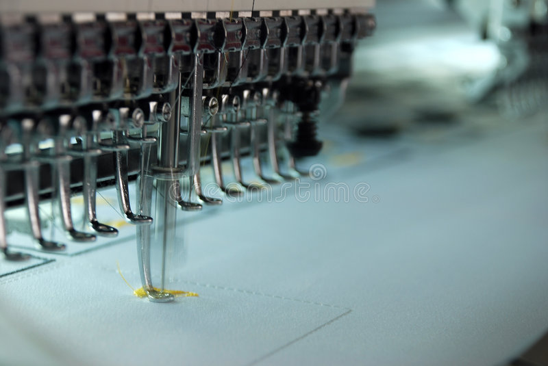 Machine de broderie image stock