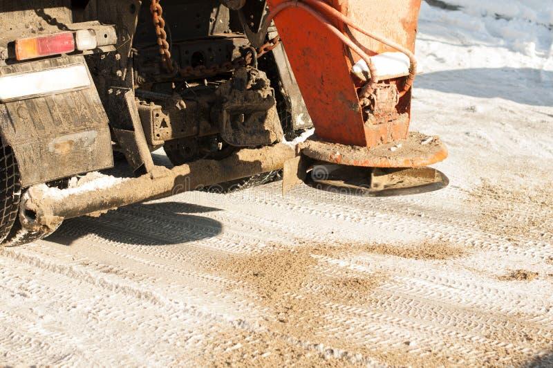 Machine pour arroser des routes de sable images libres de droits