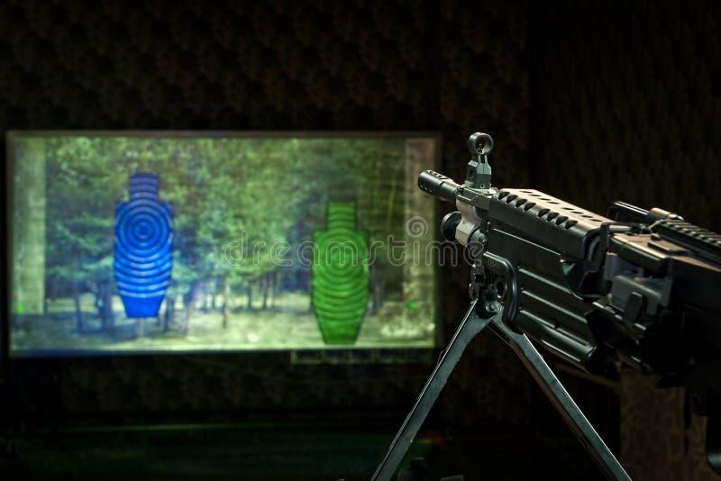 Machinegeweer en twee doelstellingen stock fotografie